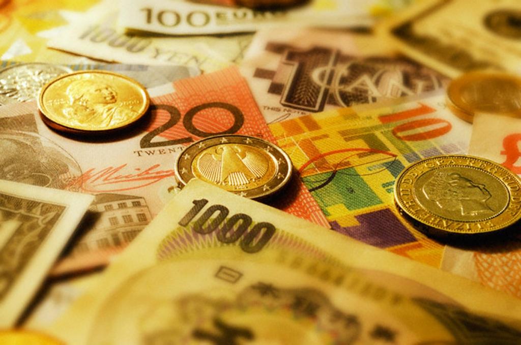 Зачем нужна валюта-убежище?