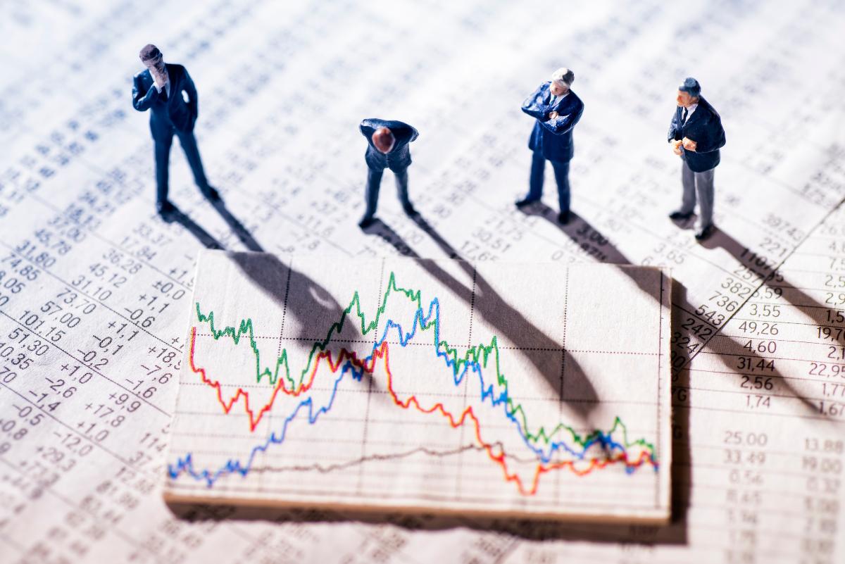 """Основы трейдинга: как анализировать паттерн """"чашки с ручкой"""" на графиках акций"""